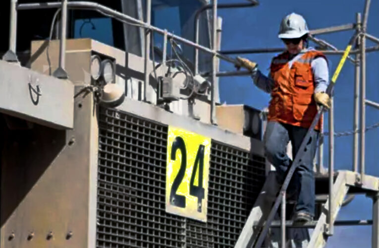 Sigue creciendo participación femenina en la minería
